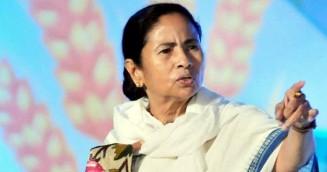 আসুন কাশ্মীরের শান্তি ও মানবাধিকারের জন্য প্রার্থনা করি: মমতা