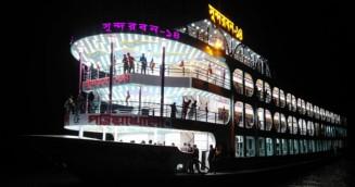 ঢাকা-পটুয়াখালী নৌপথে বিলাসবহুল ৪তলা লঞ্চ
